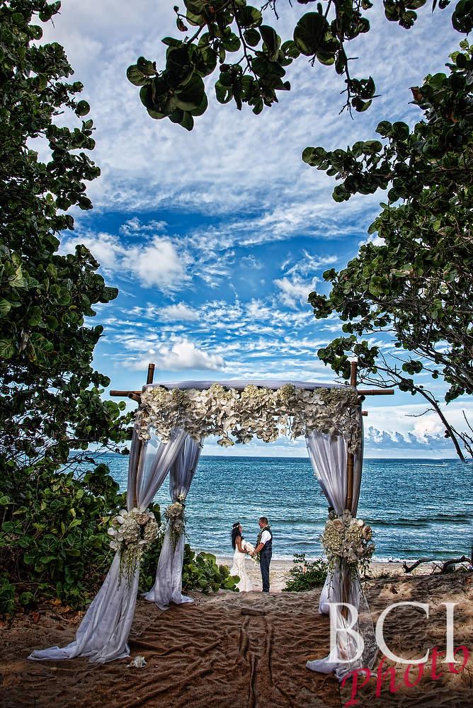 Summer Sizzler Wedding At Jupiter Beach Resort