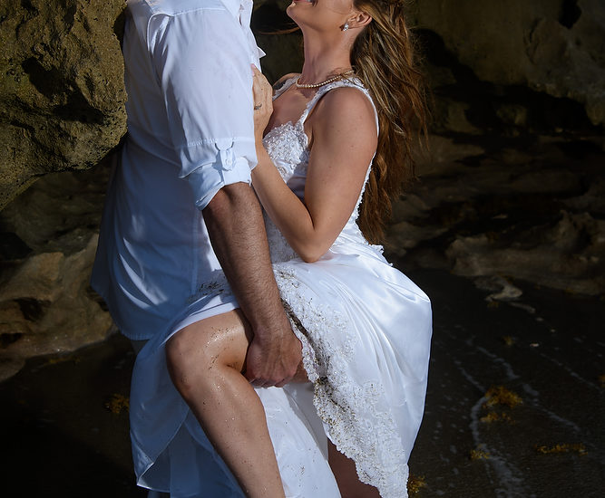Absolutely Sizzling Hot Trash the Dress Shoot at the House of Refuge